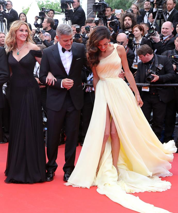 Julia Roberts couldn't stop giggling as poor Amal's struggled with her dress.