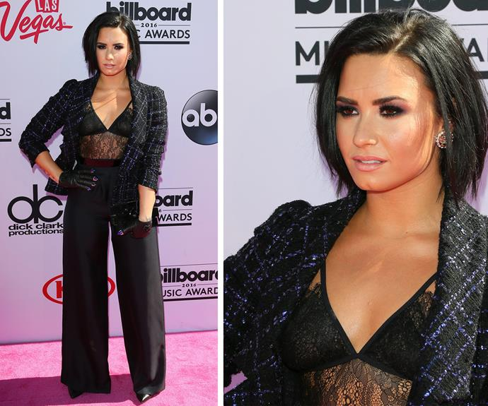 *Cool for the Summer* songstress Demi Lovato looked smoking in her pant suit.