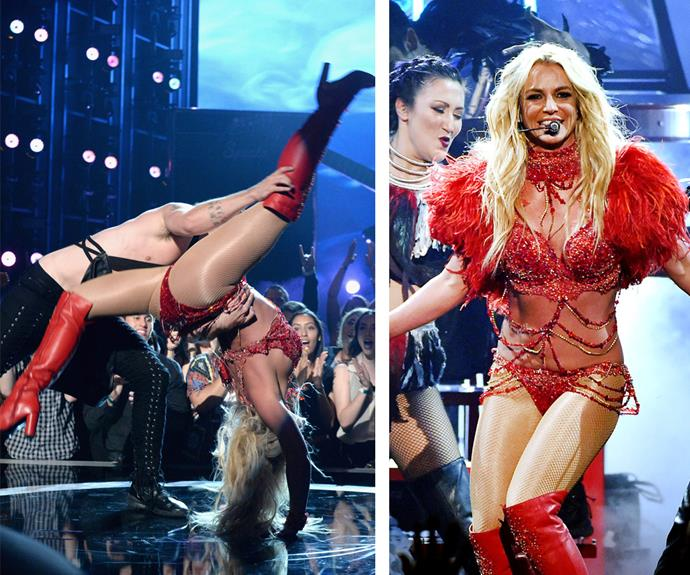 The mum-of-two SLAYED her performance. Seriously, how flexible is she?