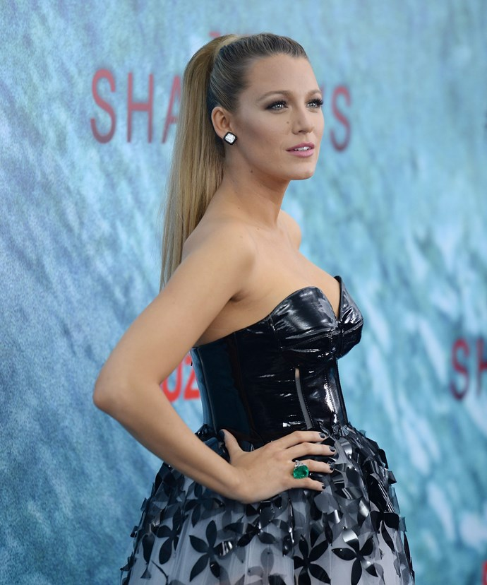 Showing off her decolletage, the star stunning in an edgy tutu at the Los Angeles premiere of *The Shallows*.