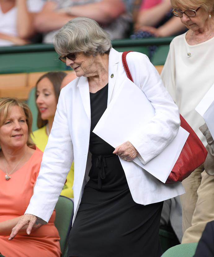 Dame Maggie likes a bit of tennis!