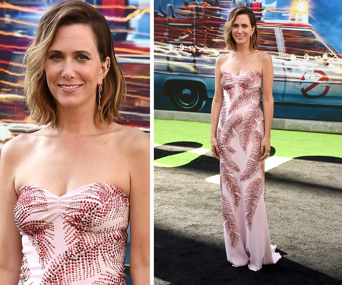 Kristen Wiig was a vision in a strapless floral number and a cute bob, which she teamed with a pair of statement earrings.