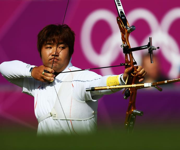 Setting a new world record at the Olympics is impressive enough. But when you consider that South Korean archer, Im Dong-hyun, has 20/200 vision, legally making him blind, it makes his new world record at the 2000 London Olympics that bit more remarkable.