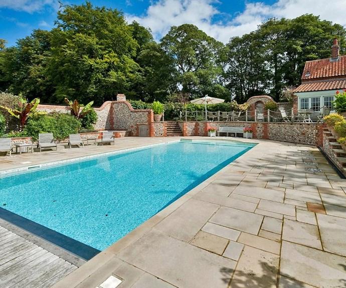 And a lavish swimming pool!