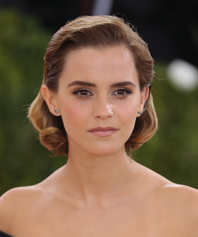 """Want cleat skin like 26-year-old Emma Watson? """"A Low GI diet may help reduce acne,"""" says out expert."""