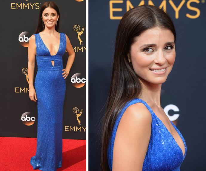 Shiri Appleby is a babe in blue!