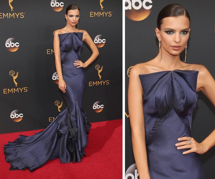 Emily Ratajkowski dazzled in a royal blue Zac Posen dress.