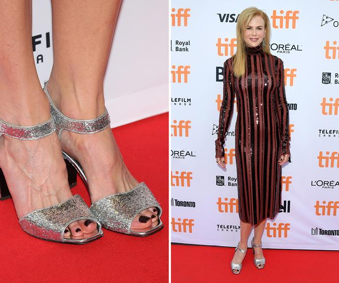 Don't be fooled into thinking that you can't wear dark colours when it's warm. Nicole Kidman's chic black pedicure is a classic style all-year 'round.