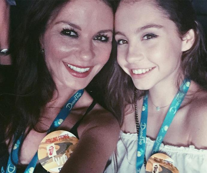 "We can certainly see the similarities between Catherine and her 13 year-old daughter, Carys. It's the first glimpse we've been given of the Hollywood couple's children for quite some time, and the actress was clearly having a proud moment. ""At the show tonight with my darling daughter Carys."""