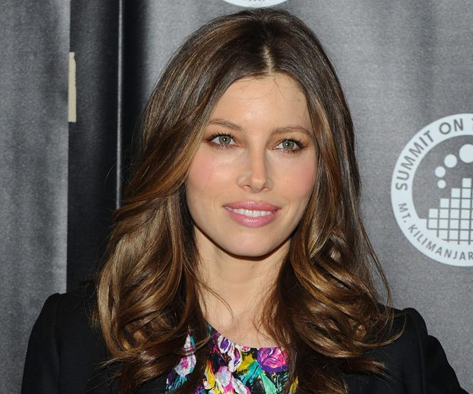 She's normally on her A-game, but Jessica Biel's subtle powder mishap was not missed by flashing cameras.