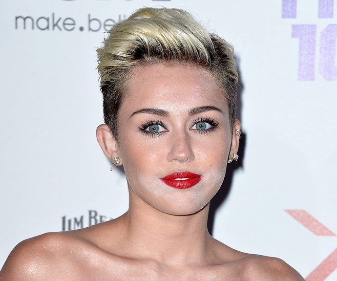 The powdered sugar came back with a vengeance when Miley Cyrus stopped by the Maxim Hot 100 Party.