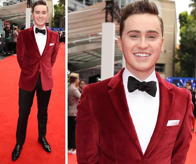 Harrison Craig, who won the second series of the *The Voice Australia*, was a vision in a red velvet jacket.