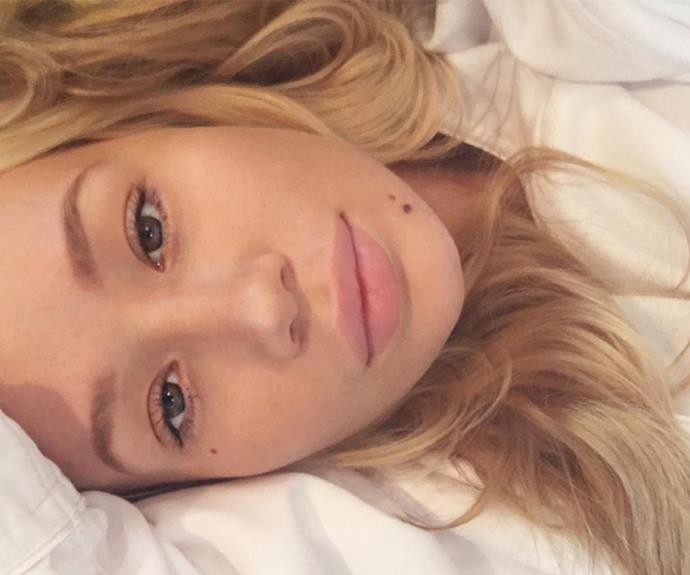 "Proving that she's just as beautiful without makeup, Iggy Azalea shared this flawless makeup-free snap with over nine million of her closest followers. The singer simply captioned the photo, ""Good Morning."""