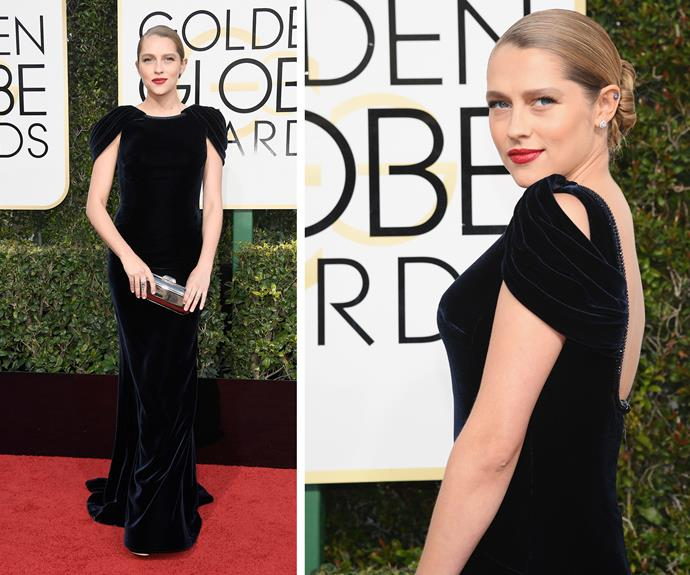Aussie actress Teresa Palmer makes her first red carpet appearance since the birth of her second child.