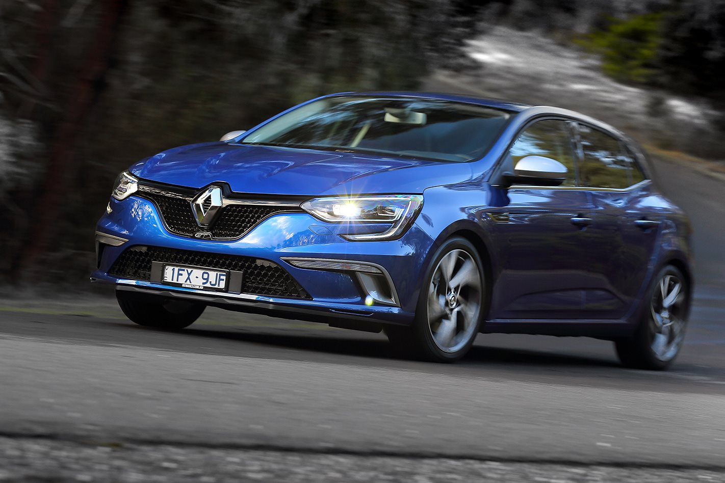 2016 renault megane gt review wheels. Black Bedroom Furniture Sets. Home Design Ideas