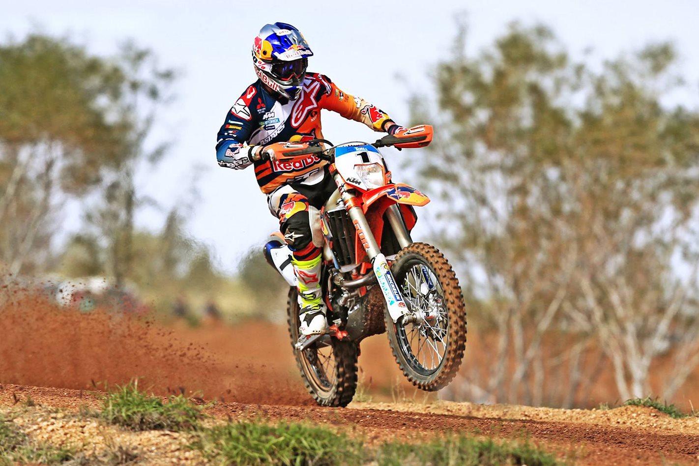 Toby Price Wins 2016 Finke Desert Race