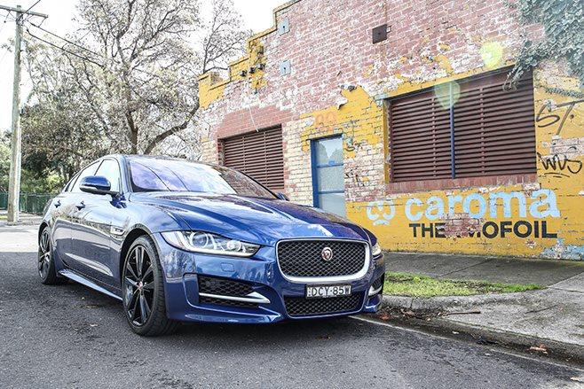 2016 Jaguar XE street