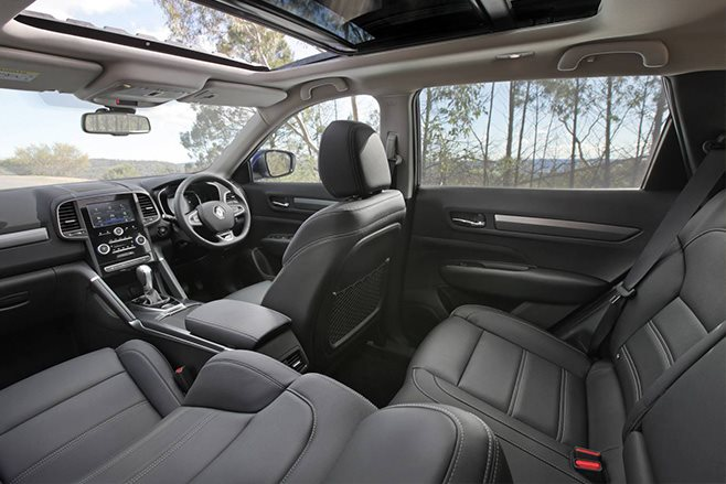 2016 Renault Koleos interior