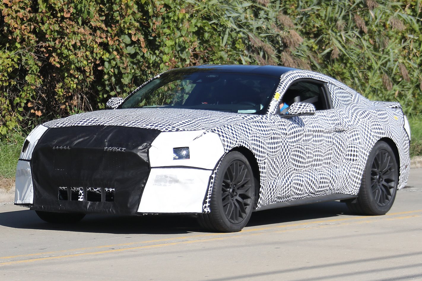 2018 Ford Mustang spy image Automedia