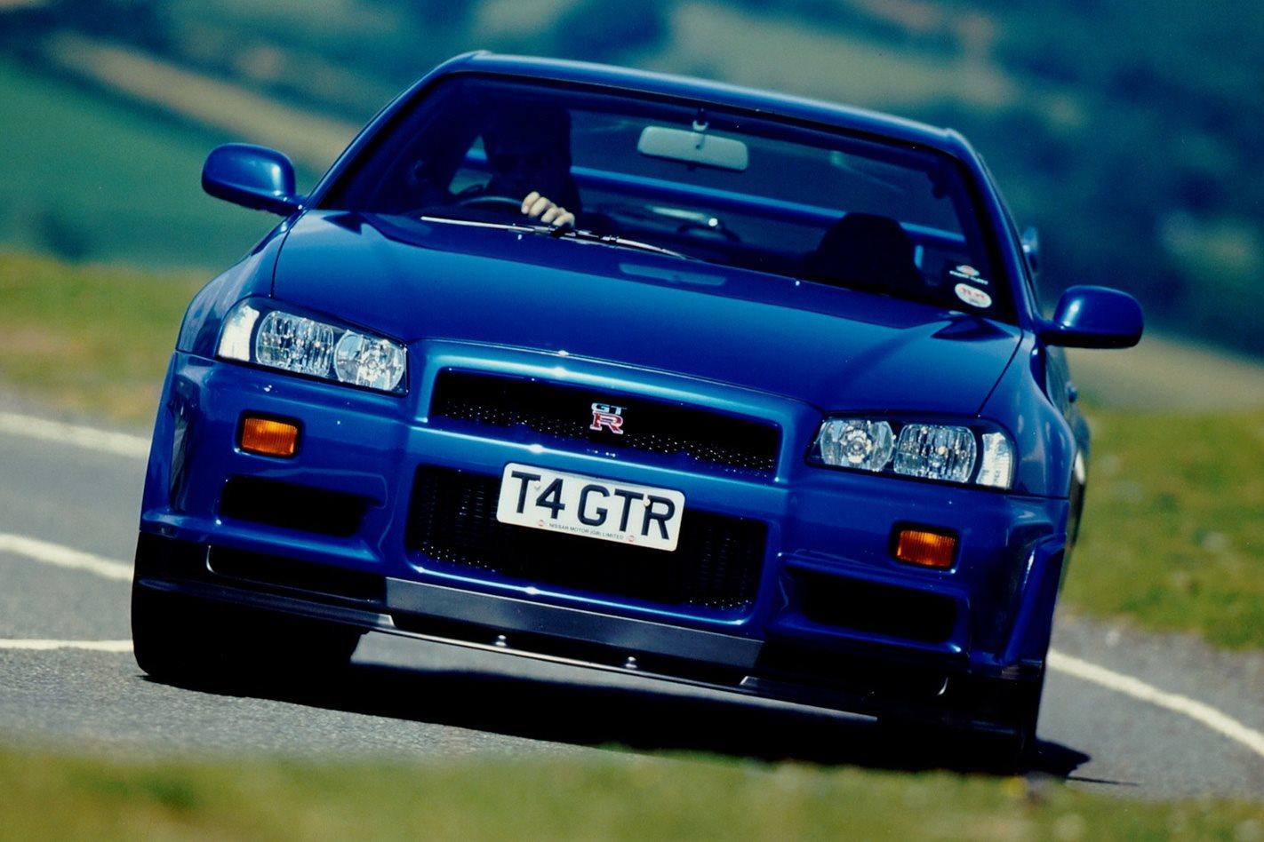 Nissan E34 Skyline GT-R