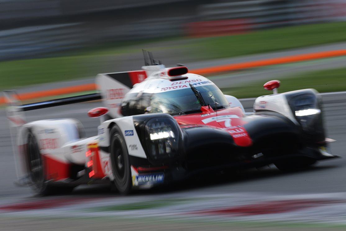 2017 Bahrain Grand Prix: Vettel outraces Mercs again | Wheels