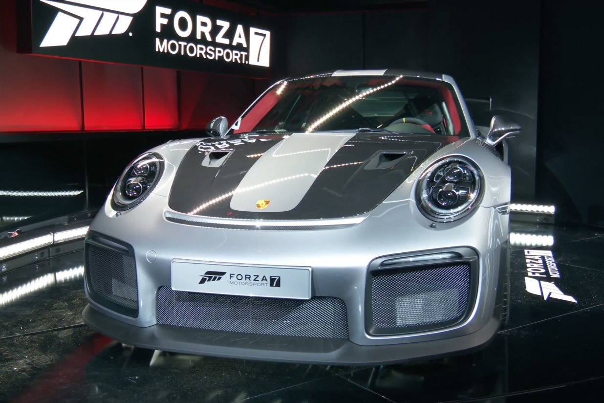 2018 porsche 911 gt2 rs revealed at e3 gaming convention. Black Bedroom Furniture Sets. Home Design Ideas