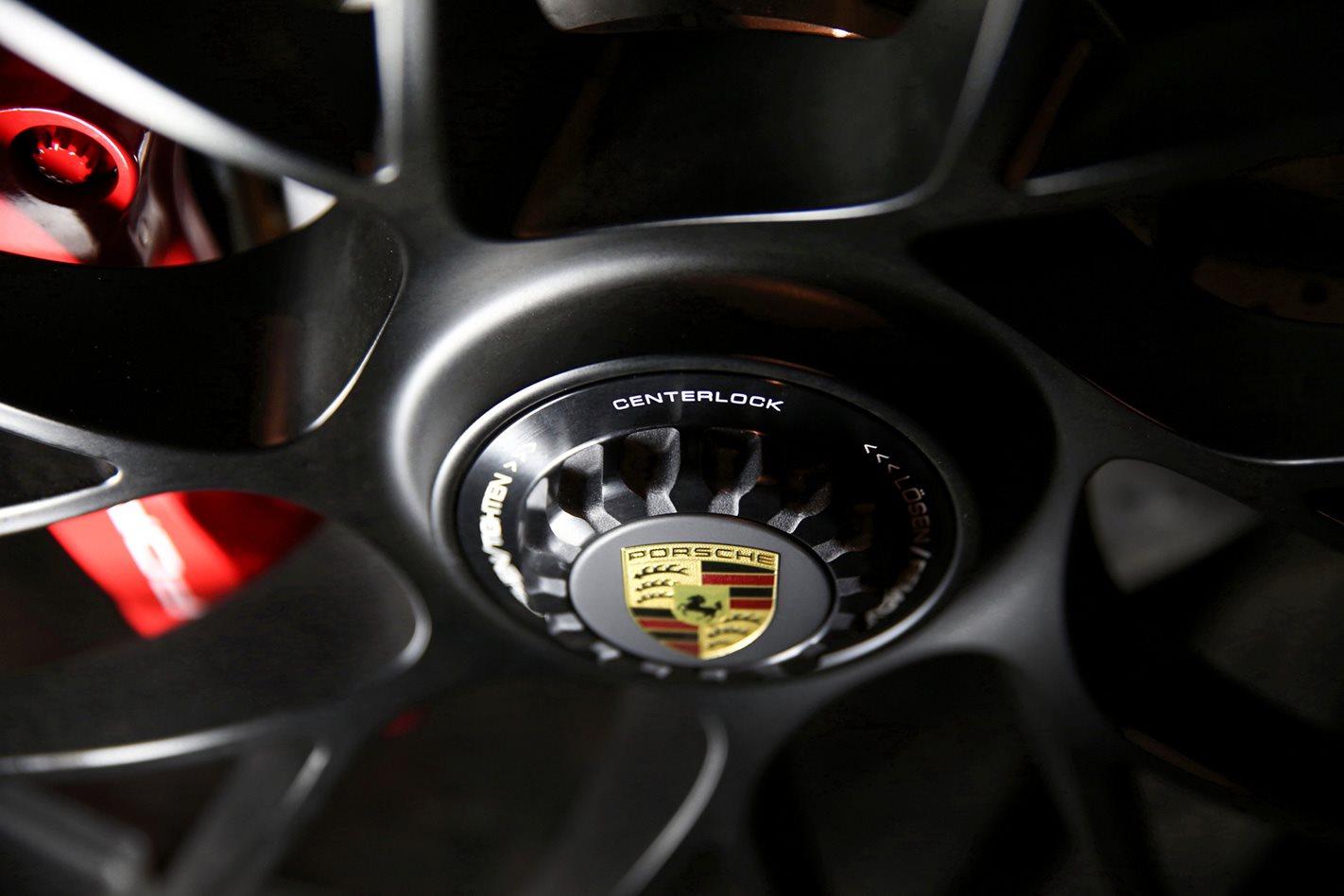 2017 Porsche 911 GTS