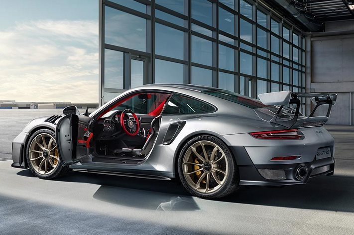 porsche 911 gt2 rs everything you need to know wheels. Black Bedroom Furniture Sets. Home Design Ideas
