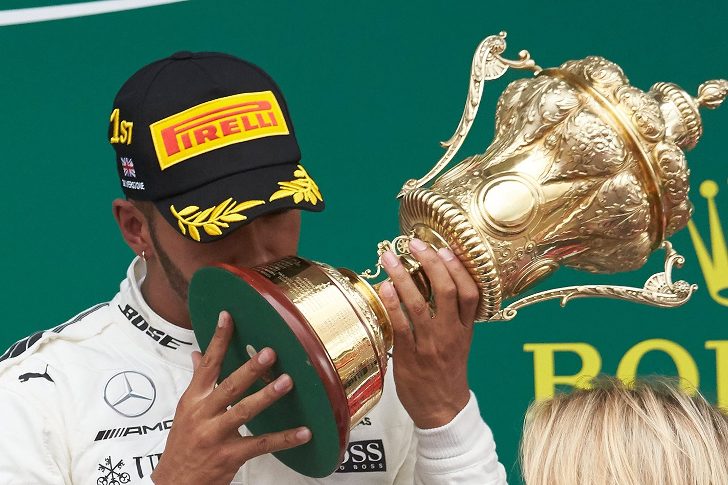 Lewis Hamilton dominates 2017 British Grand Prix