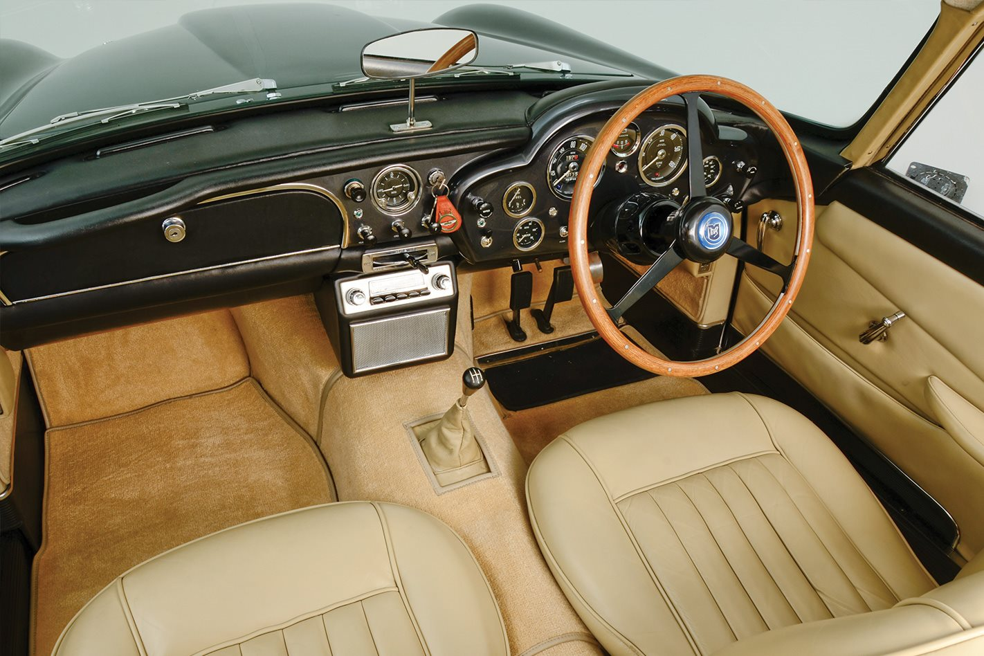 1958 Aston Martin Db4 Retro