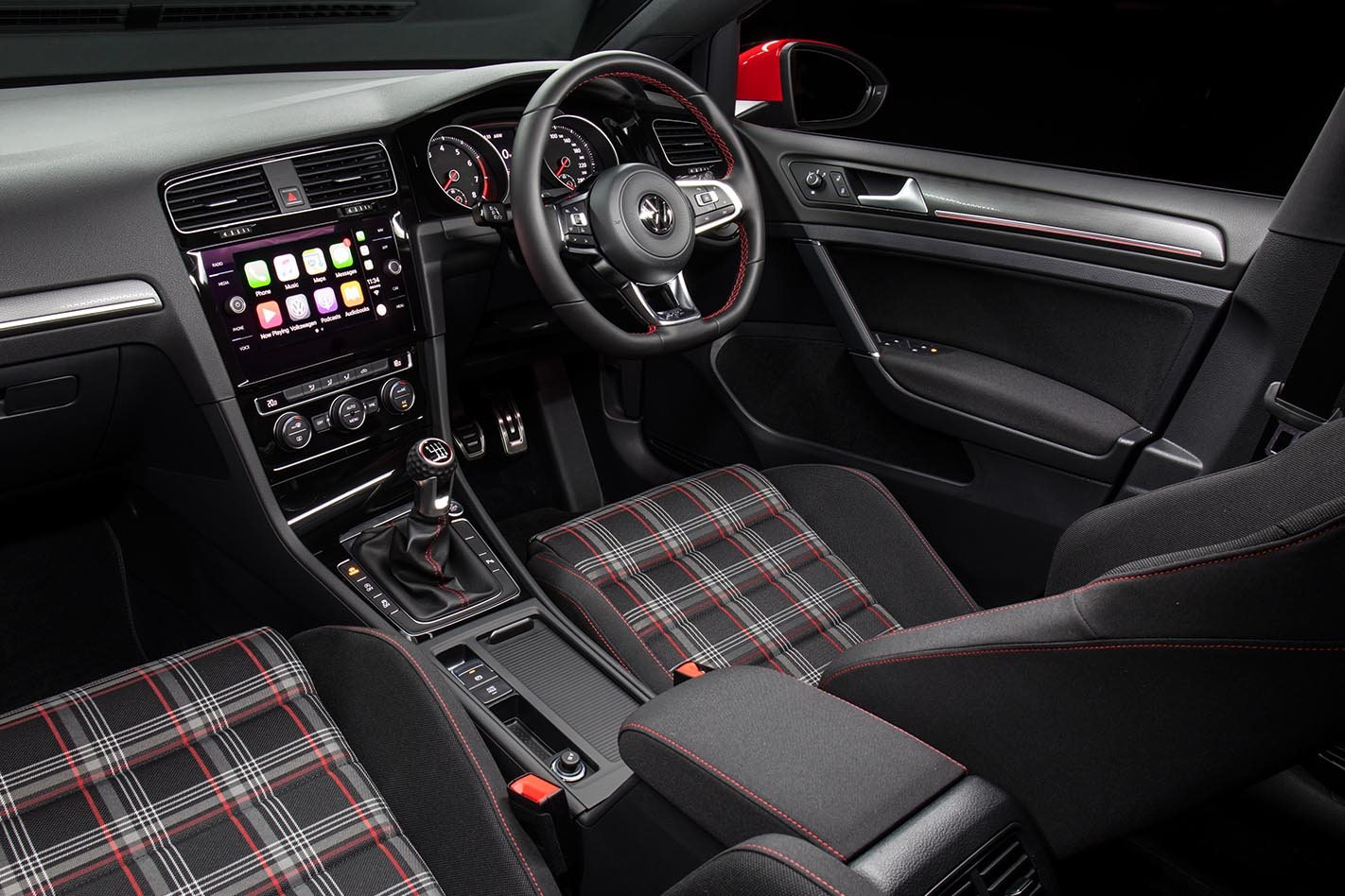 2017 Volkswagen Golf GTI Review interior