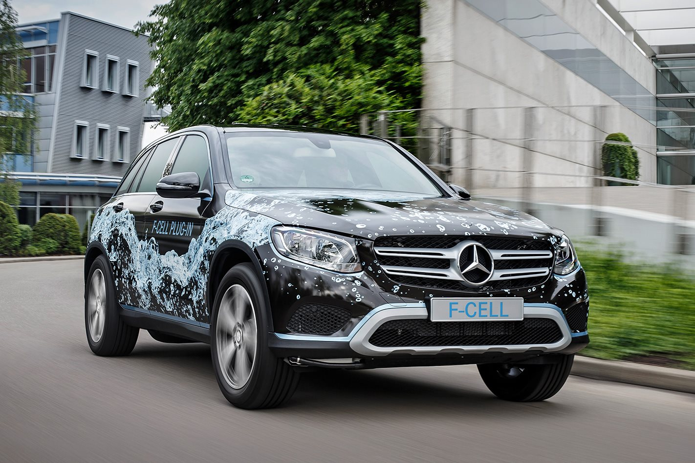 2018 Mercedes-Benz GLC fuel cell prototype