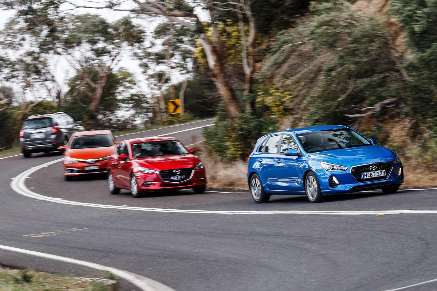 Mazda 3 Maxx vs Hyundai i30 Active vs Toyota Corolla Ascent