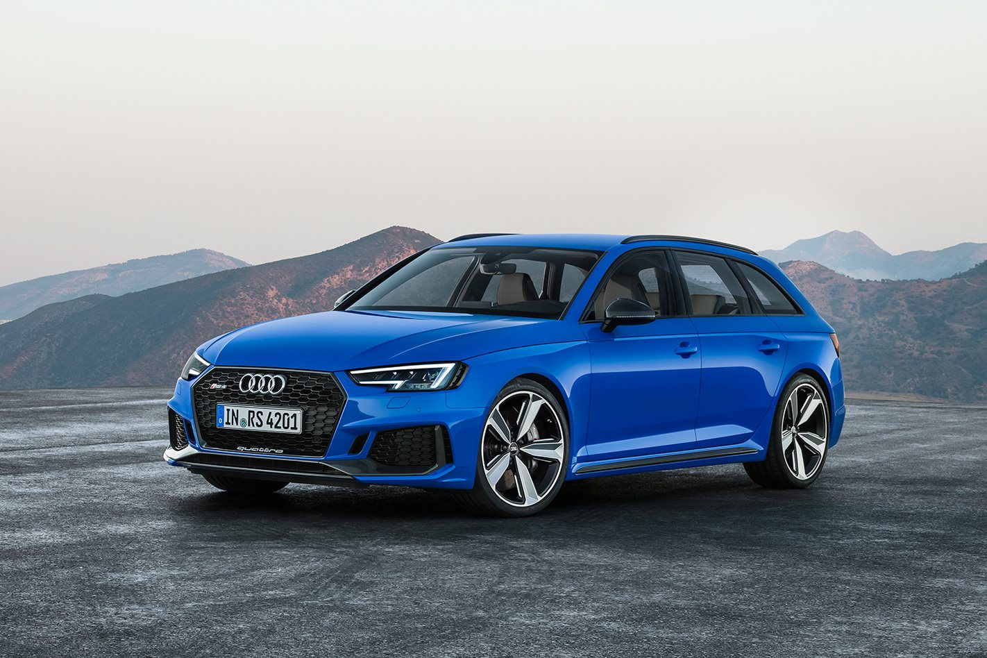 The new RS is 30mm wider than the standard A4 Avant with the typical sporty styling garnishes added