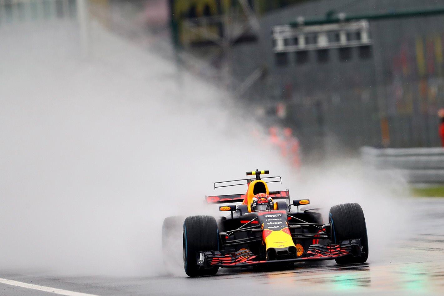 Aston Martin Eyeing Red Bull F1 Engine Deal