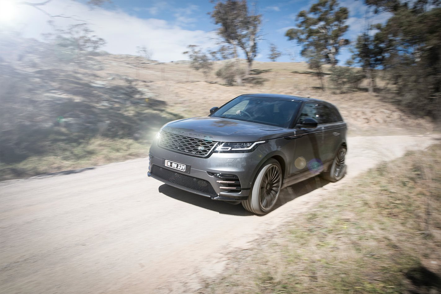 2017 range rover velar review. Black Bedroom Furniture Sets. Home Design Ideas