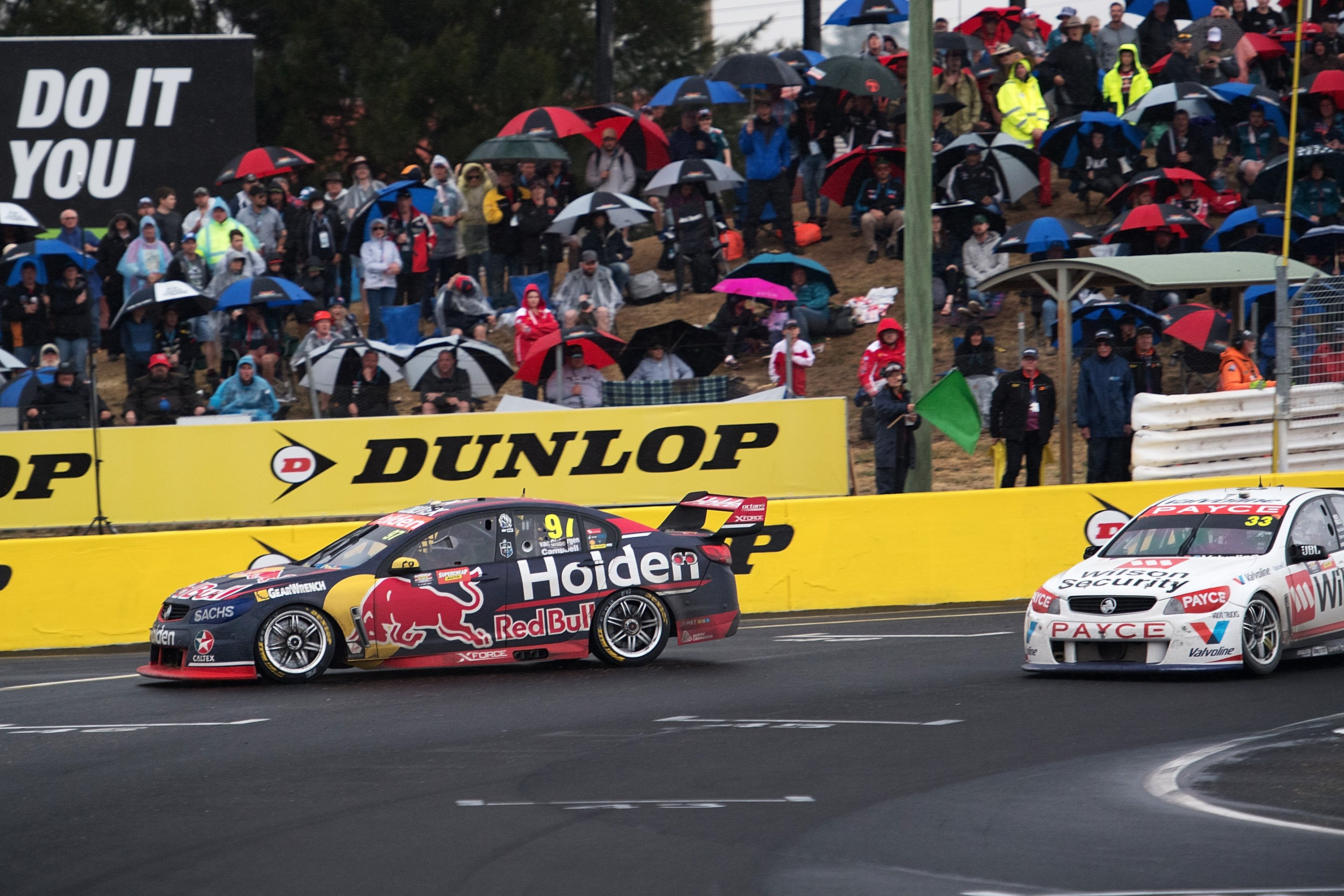 Exit road at the start of the straight at the 2017 Bathurst 1000