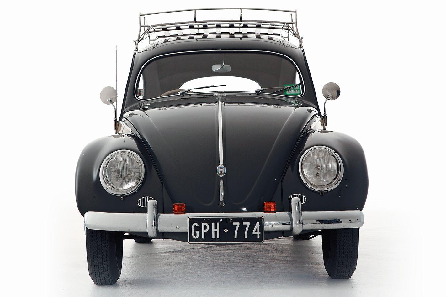 Retro: 1957 Volkswagen Beetle - Volk Hero