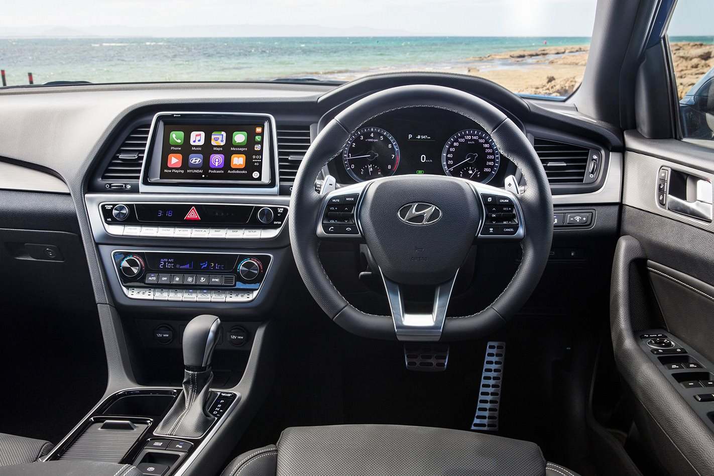 2018 Hyundai Sonata steering wheel