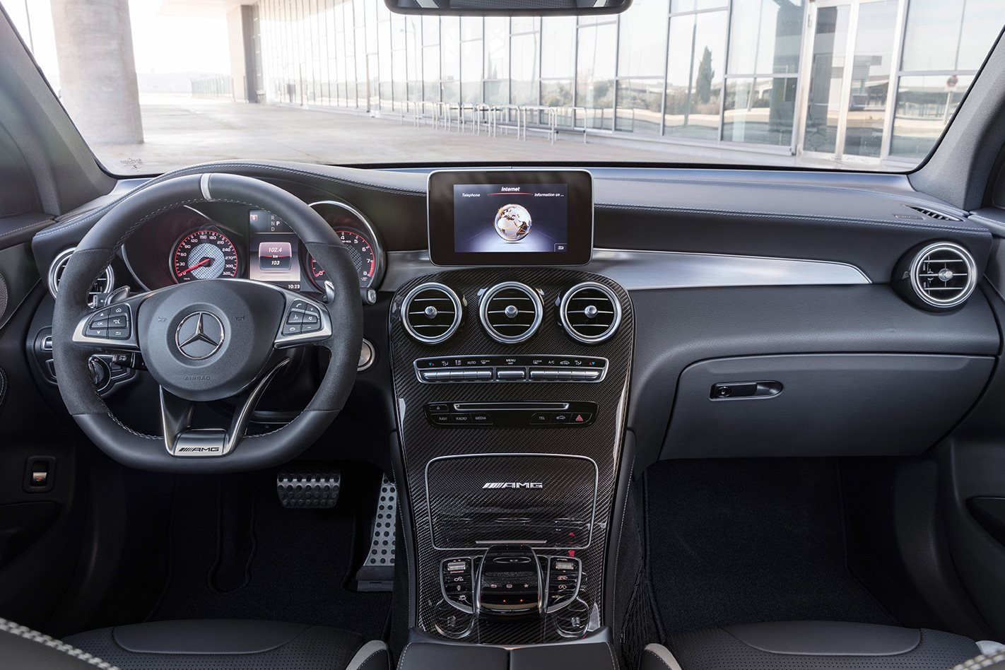 2018 Mercedes AMG GLC 63 S interior