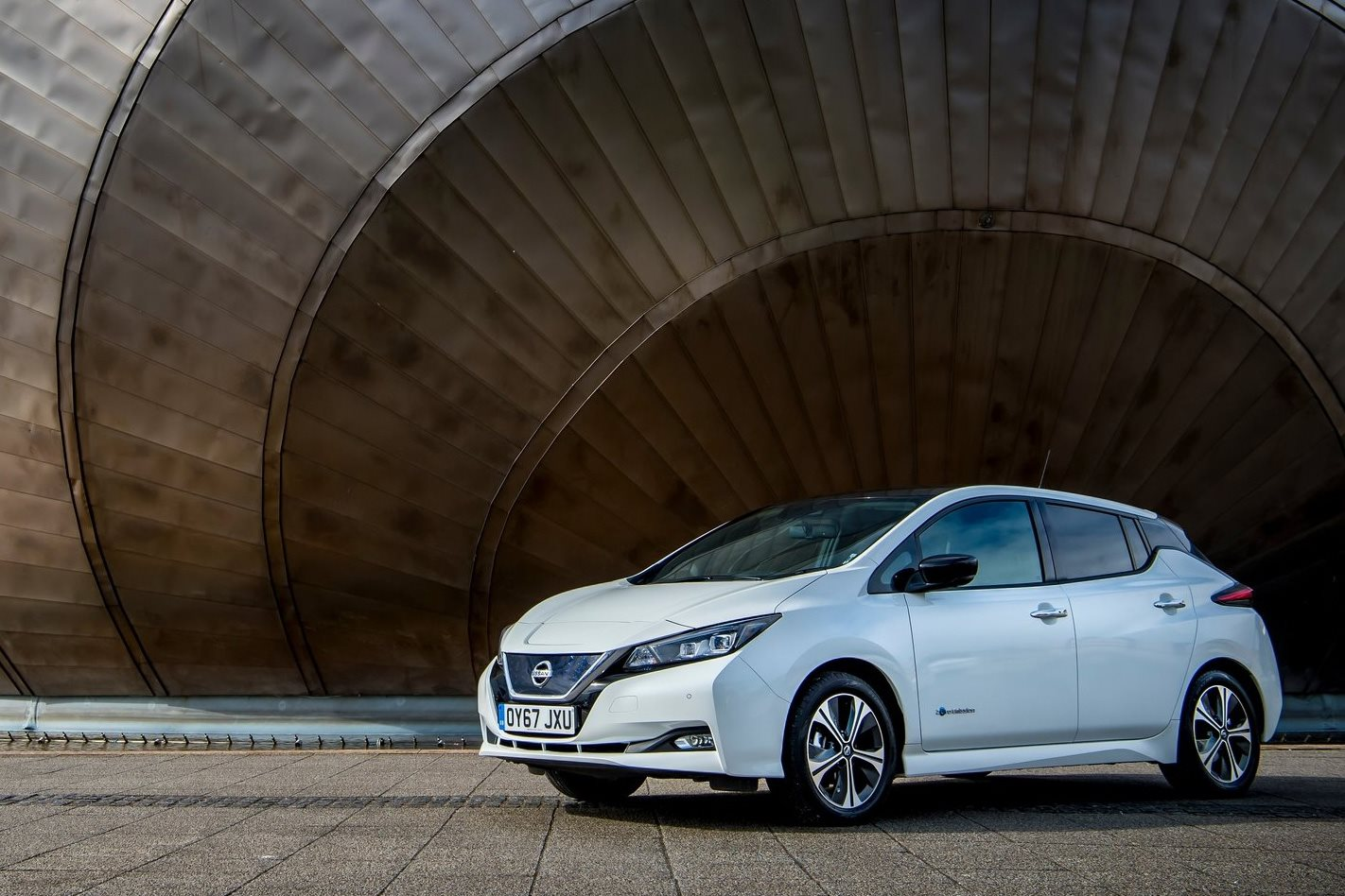 Nissan pledges to sell 1 million electrified vehicles by 2022