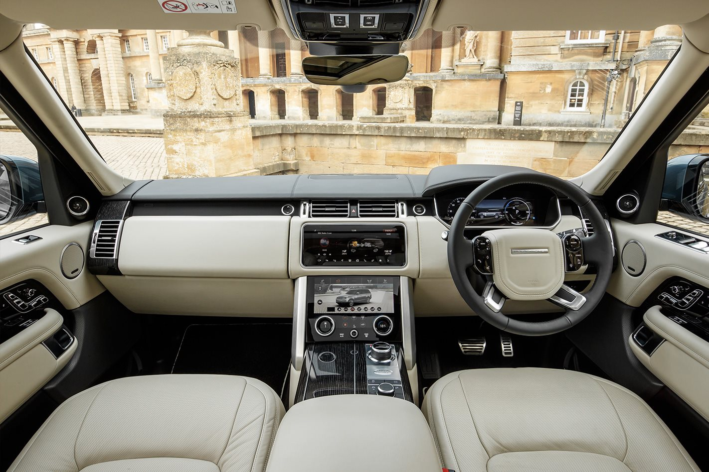 2018 range rover vogue si4 phev review. Black Bedroom Furniture Sets. Home Design Ideas