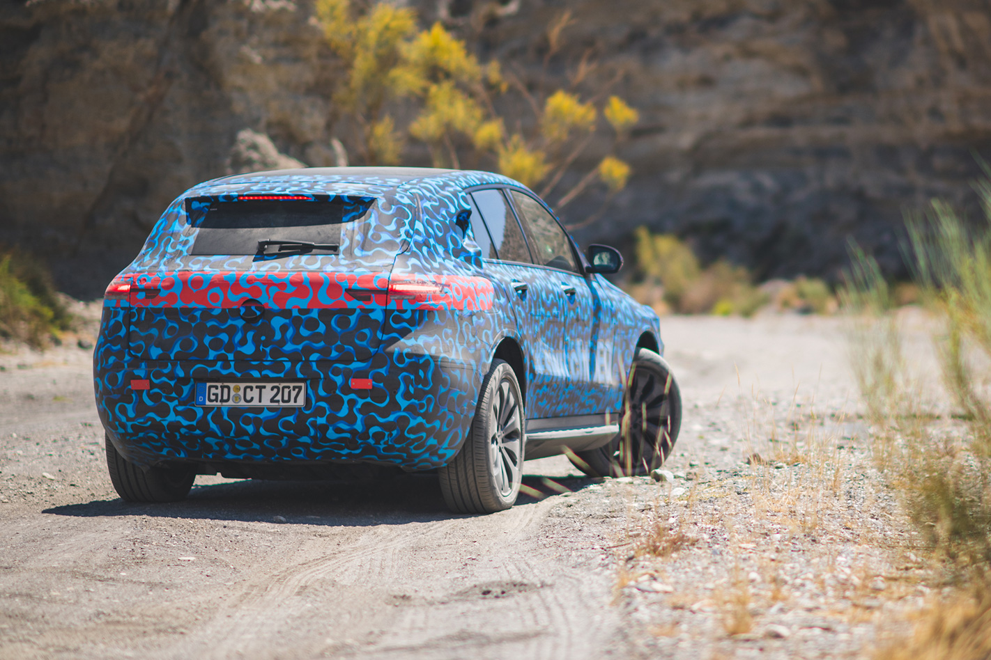 Mercedes Benz Eqc Prototype Ride Electric Vehicle Basics The Prototypes Unseen Drivetrain And Chassis Components Are Production Specification Hermsen Happily Confirms Technical