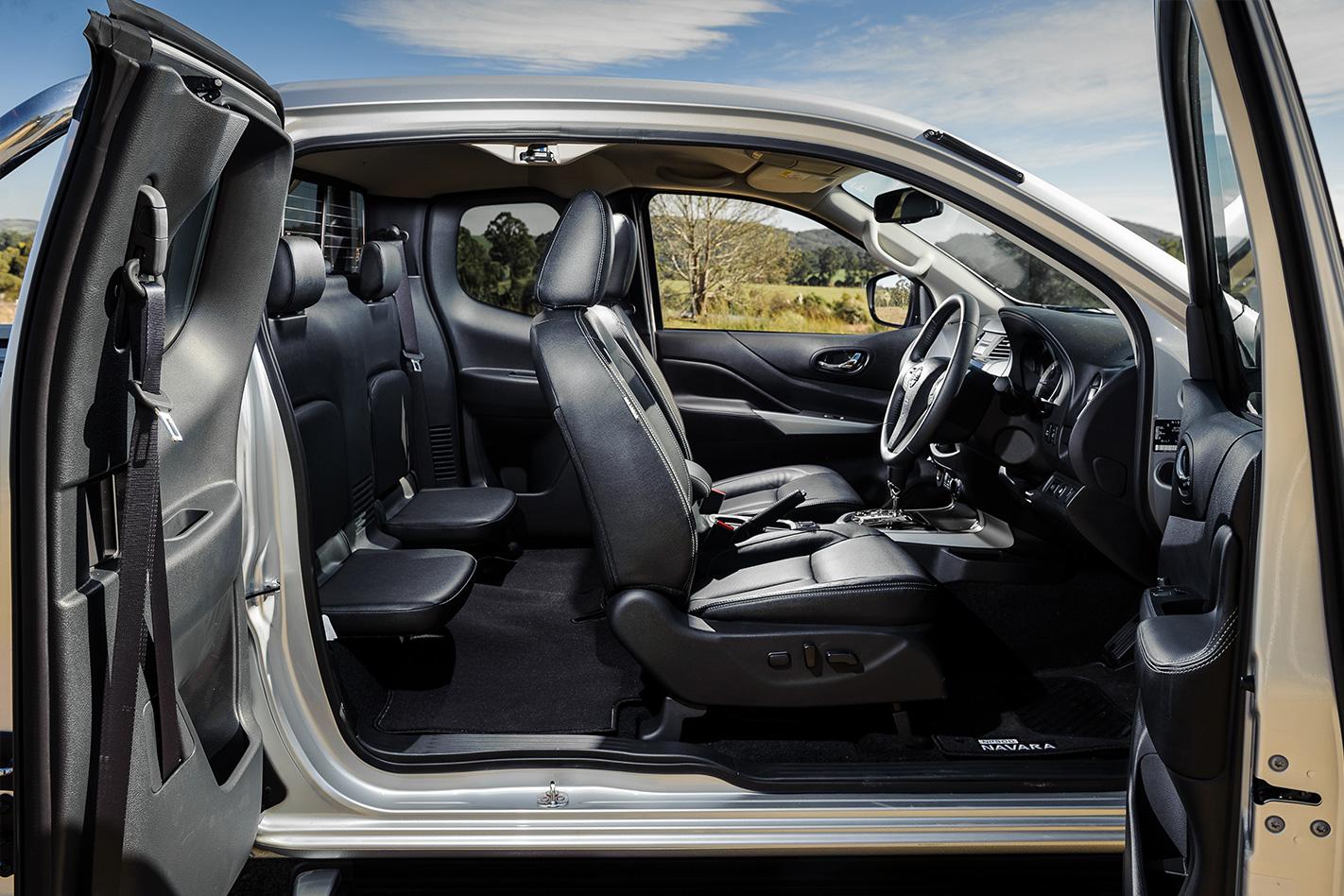 2017 Nissan Navara dual cab v king cab v single cab review ...