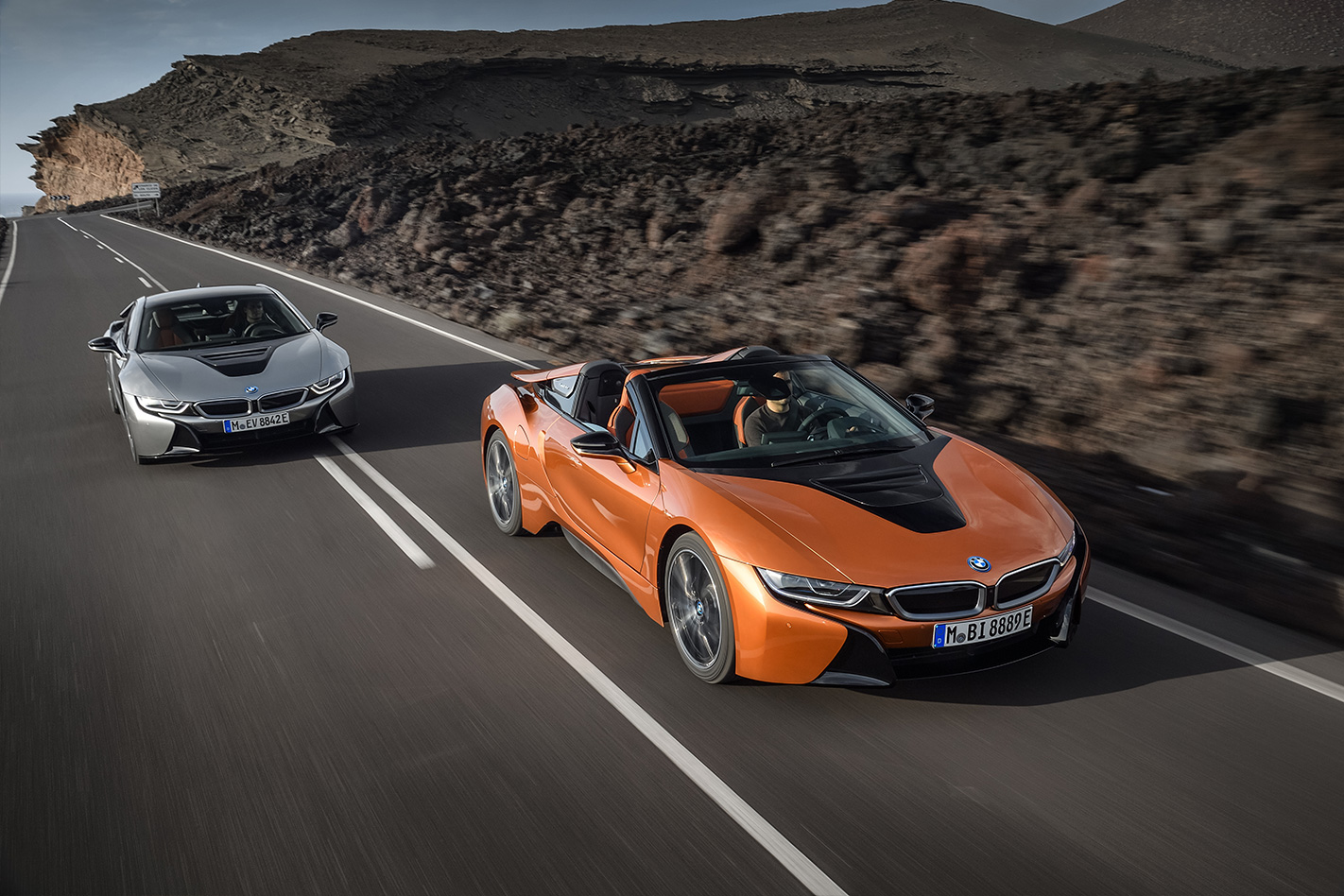 2017 La Motor Show 2018 Bmw I8 Roadster Revealed Coupe Facelifted