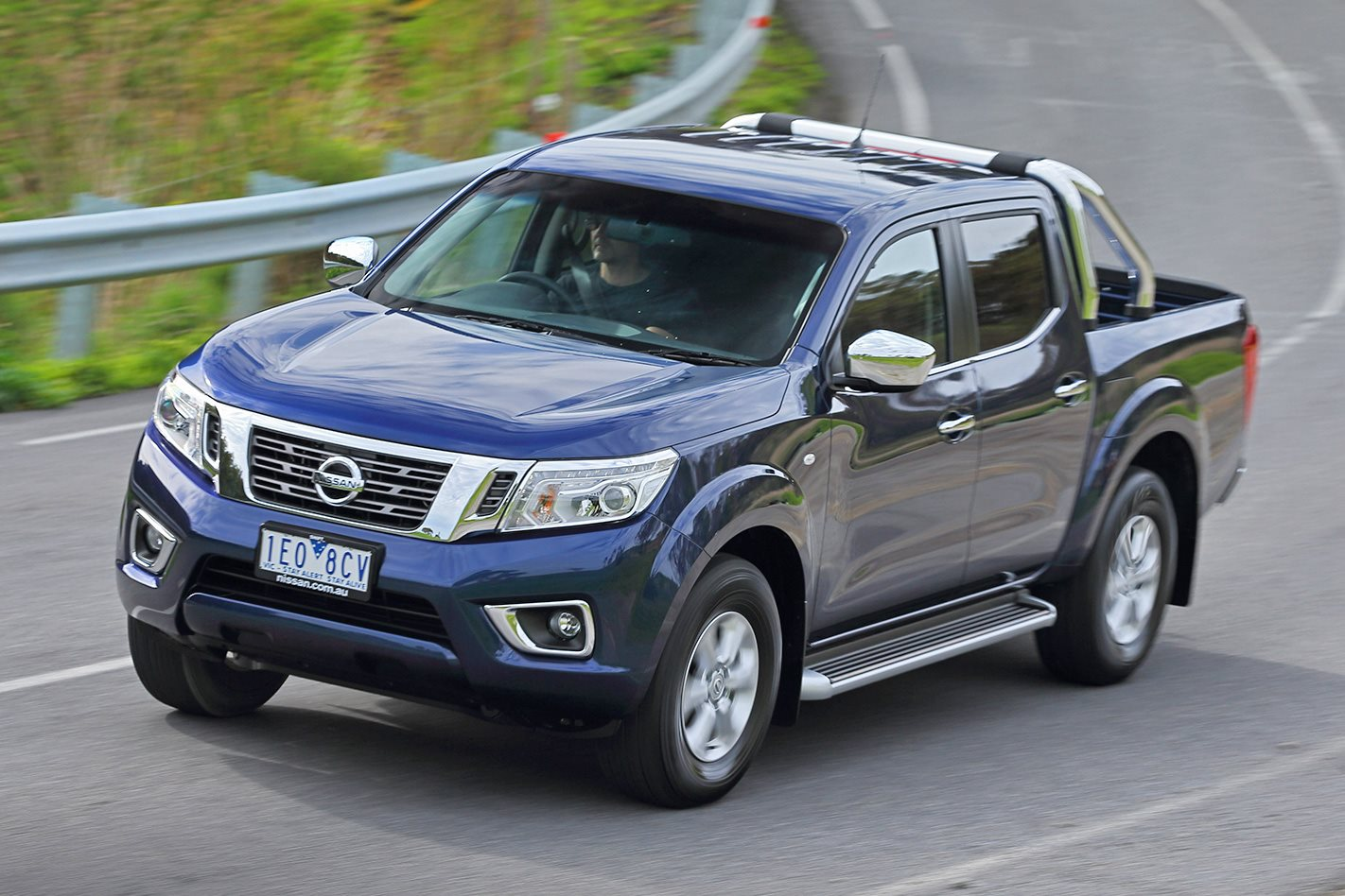 2015 nissan navara st 4x4 first drive review. Black Bedroom Furniture Sets. Home Design Ideas