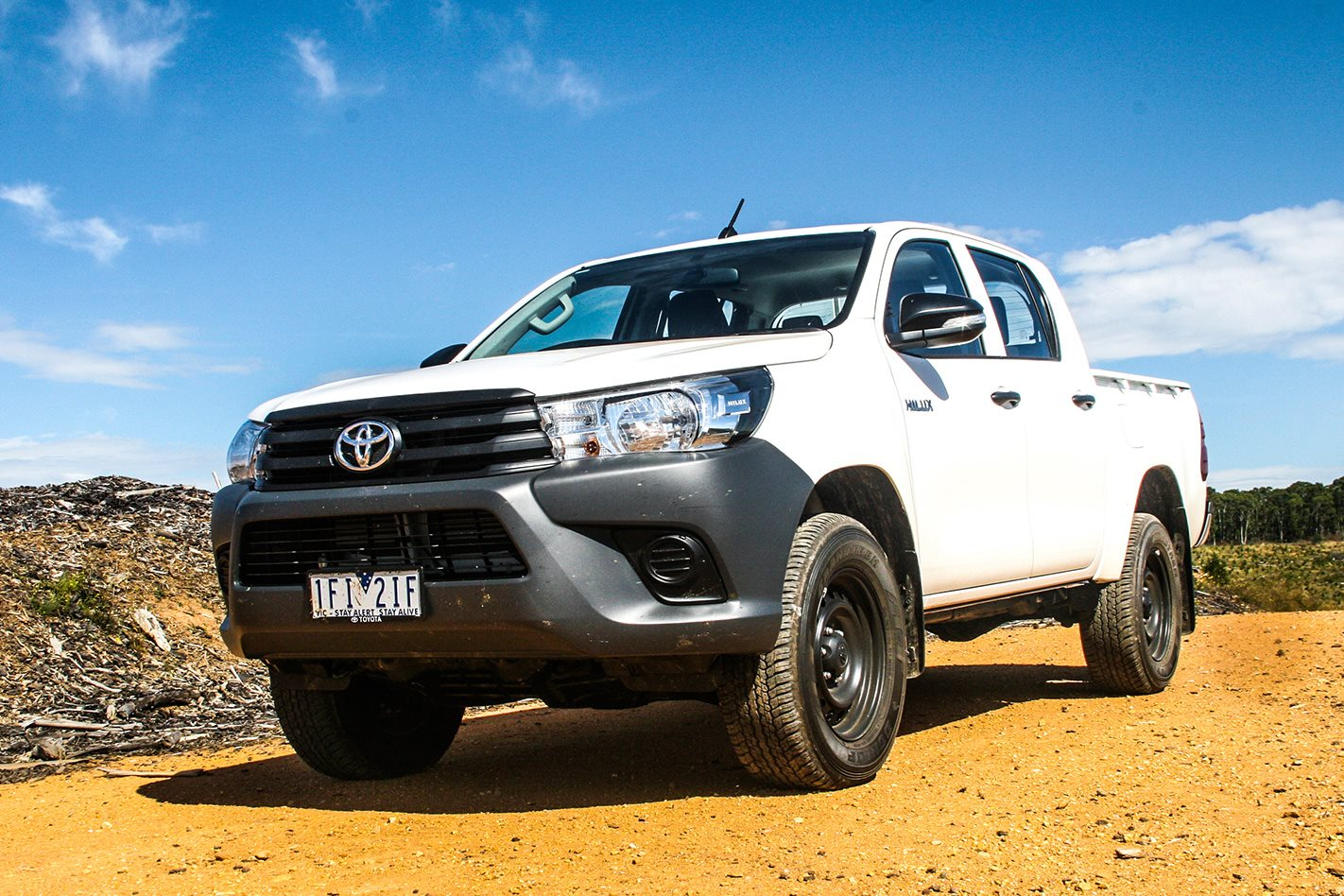 toyota hilux workmate double cab review. Black Bedroom Furniture Sets. Home Design Ideas