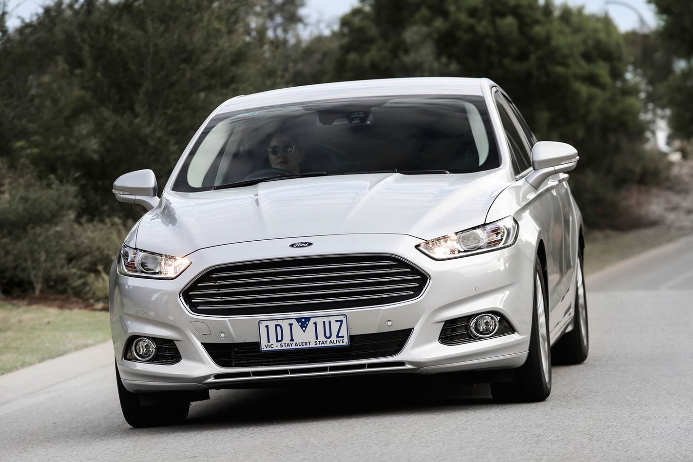 Ford Mondeo 2018 Review, Price & Features