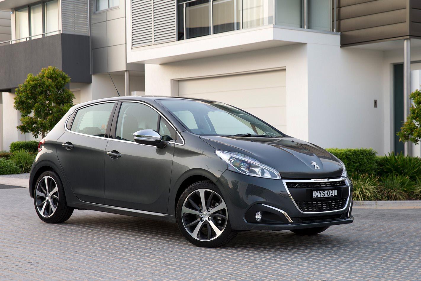 2018 Peugeot 208 Range Review