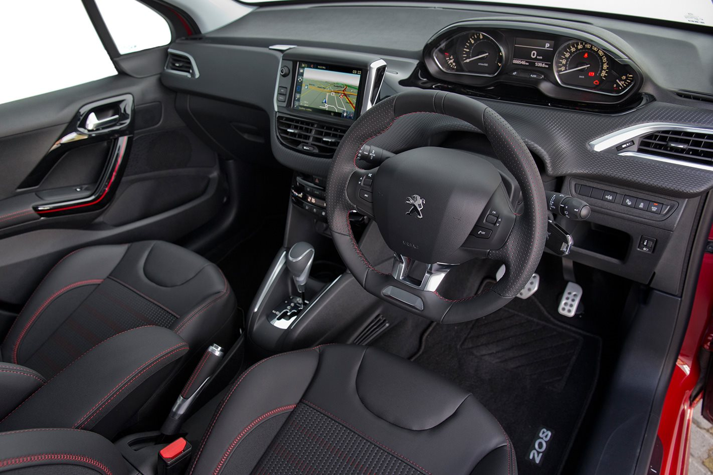 https://d3lp4xedbqa8a5.cloudfront.net/s3/digital-cougar-assets/whichcar/2016/07/22/-1/Peugeot-208-GT-line-interior-(1).jpg